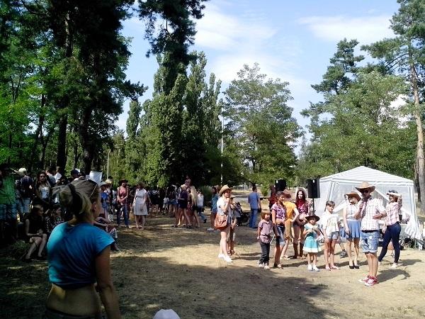 Кантри Фестиваль «Негде яблоку упасть»