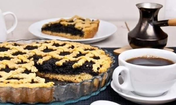 Рецепти для дітей. Медово-маковий пиріг