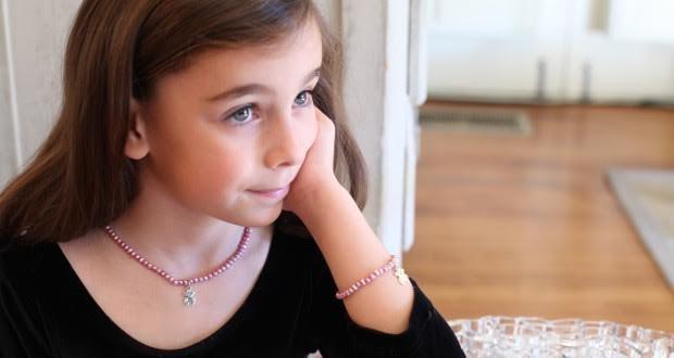 как носить украшения детям