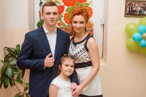 Ольга Казберова и дети