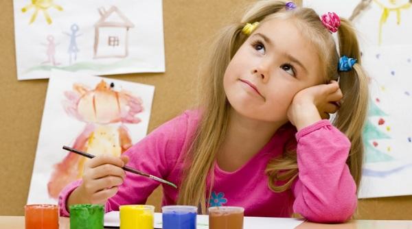 чем занять ребенка дома