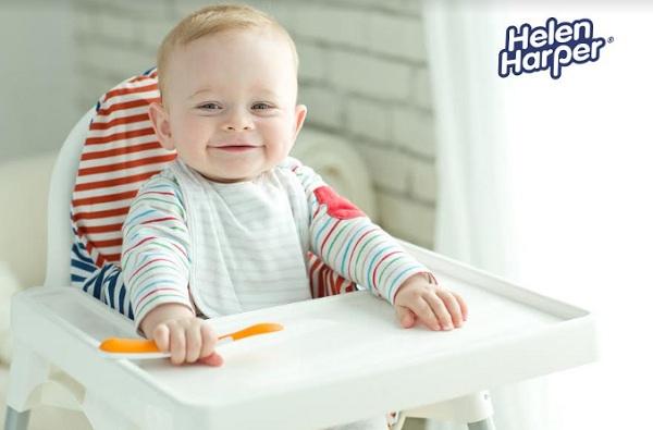 Как научить малыша есть самостоятельно