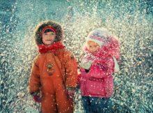 Чем заняться с ребенком на прогулке зимой