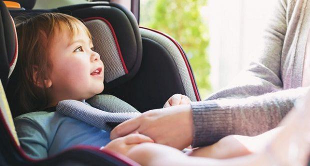 Безпека дитини в машині