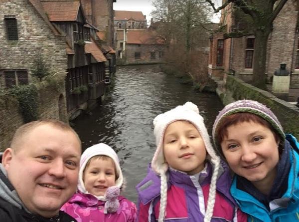 в Бельгию с детьми